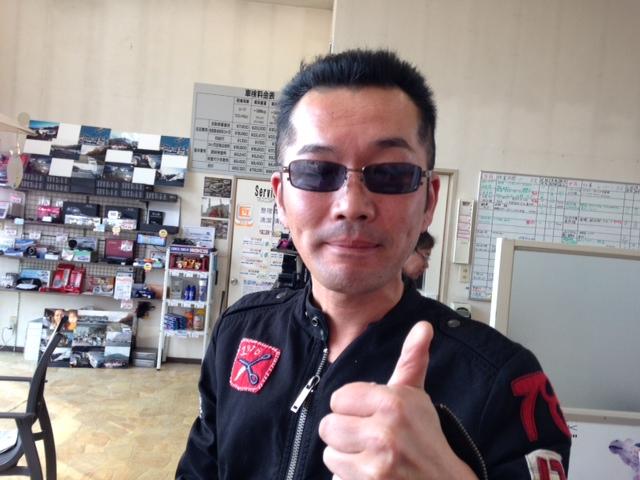 山本が送ります(●ゝω・)ノ4月16日本店 TOMMMYの1日~ランクル ハマーアルファード_b0127002_2024513.jpg