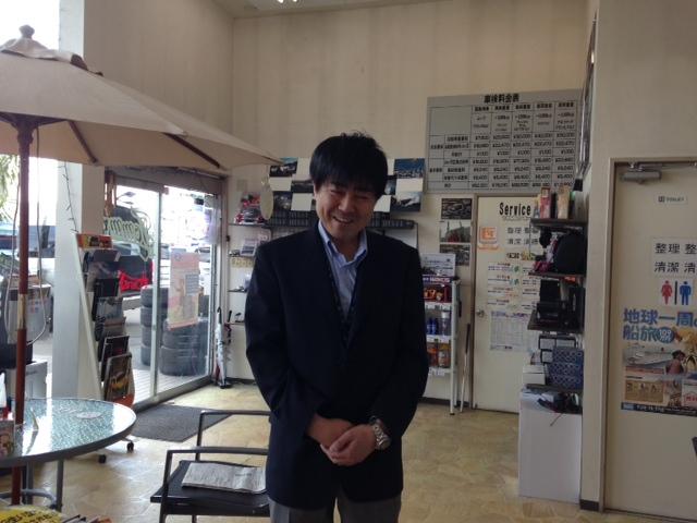山本が送ります(●ゝω・)ノ4月16日本店 TOMMMYの1日~ランクル ハマーアルファード_b0127002_203297.jpg