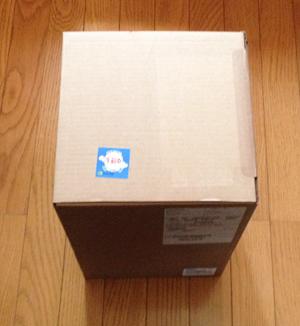 黒い小さなゴミ箱がやっと届いた!_b0194208_10315434.jpg