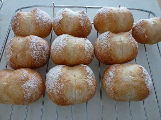 今日のパン_d0228610_14343030.jpg