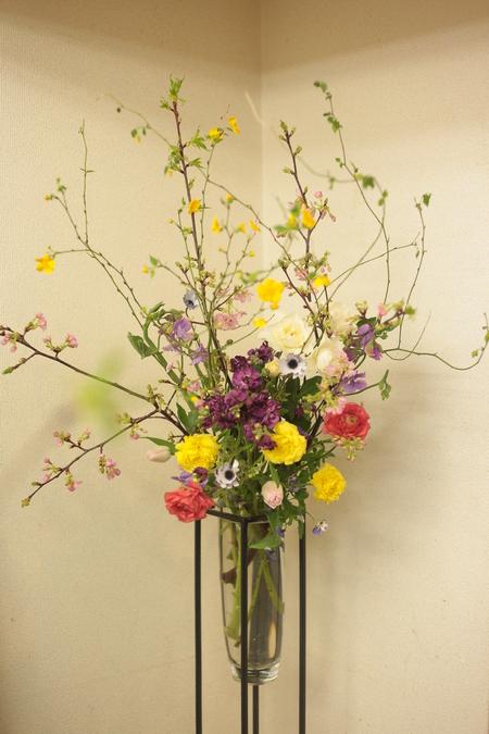 定期レッスン3月 春の花木の花瓶活け前篇 複数の花から枝ものまで_a0042928_16184550.jpg