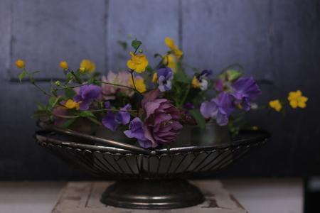 定期レッスン3月 春の花木の花瓶活け前篇 複数の花から枝ものまで_a0042928_16195469.jpg