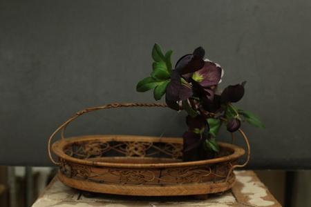 定期レッスン3月 春の花木の花瓶活け後編 一種か二種の花で_a0042928_17101791.jpg