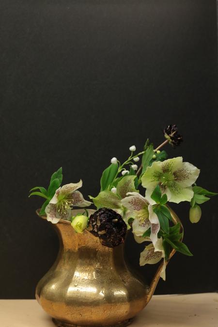 定期レッスン3月 春の花木の花瓶活け後編 一種か二種の花で_a0042928_17151456.jpg