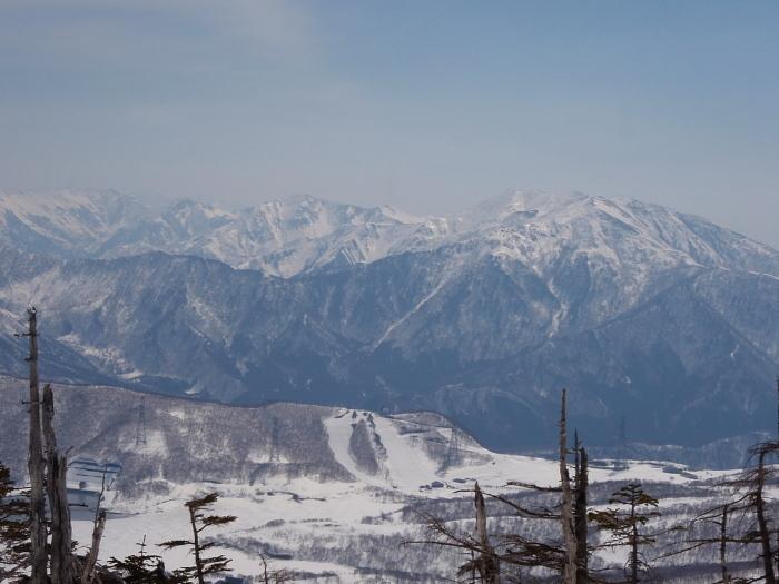雁ヶ峰を巡る春スキーツアー_e0292469_17263925.jpg