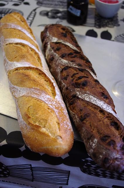 フランスパン何百本目なんだろ?_e0167593_091774.jpg