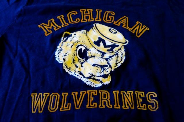 アメリカ仕入れ情報#55  Collegiate Pacific カラーフロッキープリント T-shirts!_c0144020_12472769.jpg