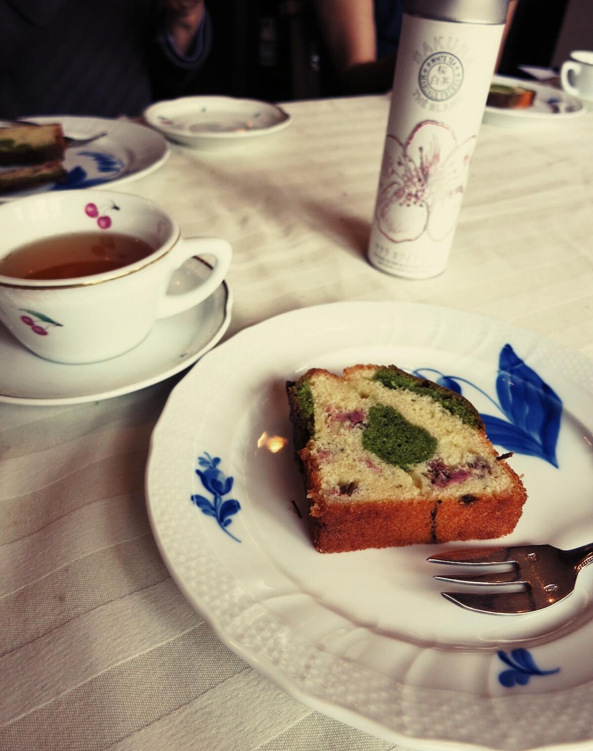 抹茶と桜のパウンドケーキ❤カフェ・ル・プティ・ニのケーキ教室_f0236260_21124794.jpg