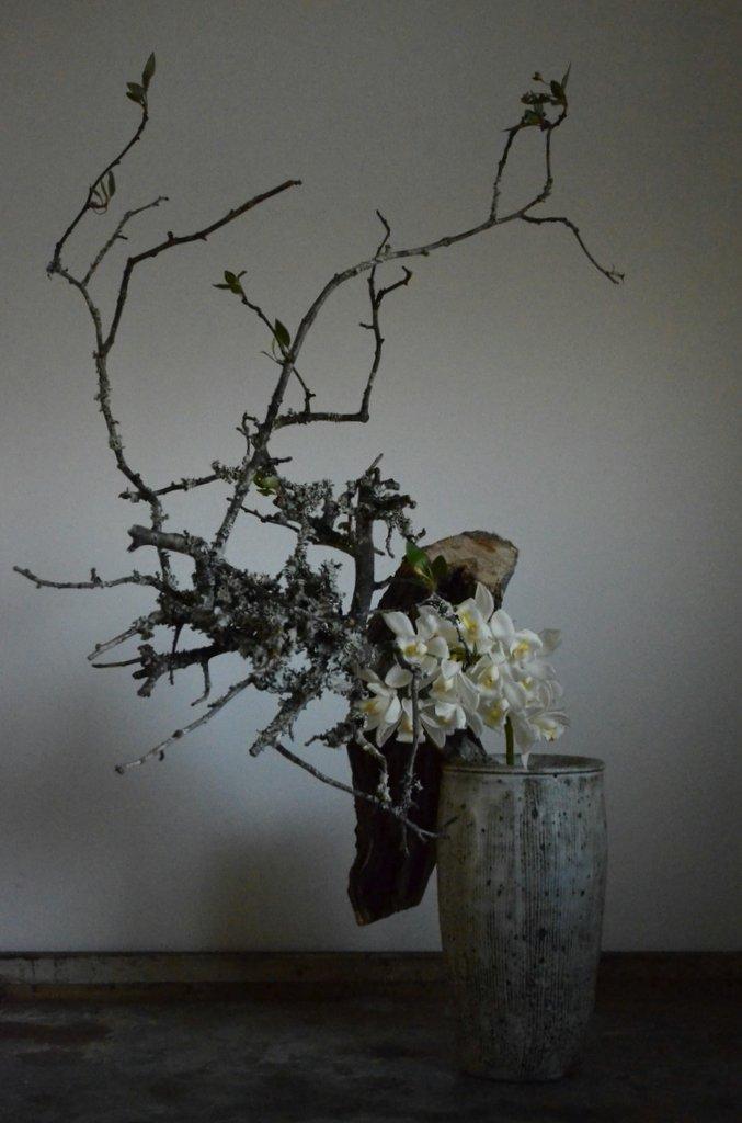「小野哲平 -その造形-」 壺と花_d0087761_404237.jpg