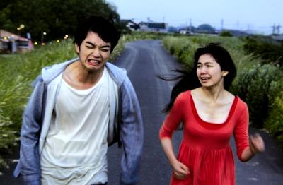 希望に負けた、園子温「ヒミズ」の映画的愛の抱擁 _a0045064_10452021.png