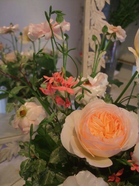 オークリーフ花の教室(長尾さんと出口さんの作品)_f0049672_1701386.jpg