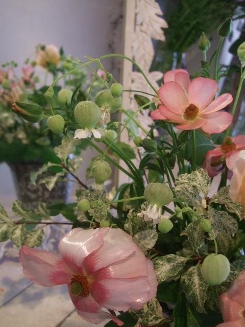 オークリーフ花の教室(長尾さんと出口さんの作品)_f0049672_1772165.jpg