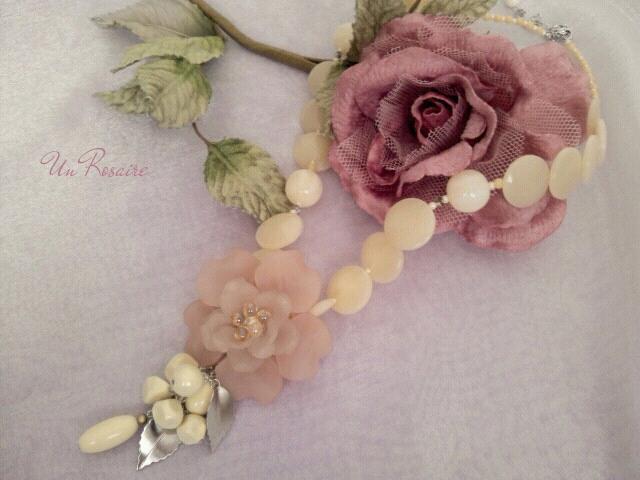 「花びら」を集めて~ネックレス_a0142642_10111076.jpg