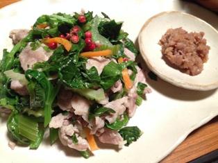 レシピ公開♪~セロリと豚肉の塩麹炒め~_d0298850_2332651.jpg