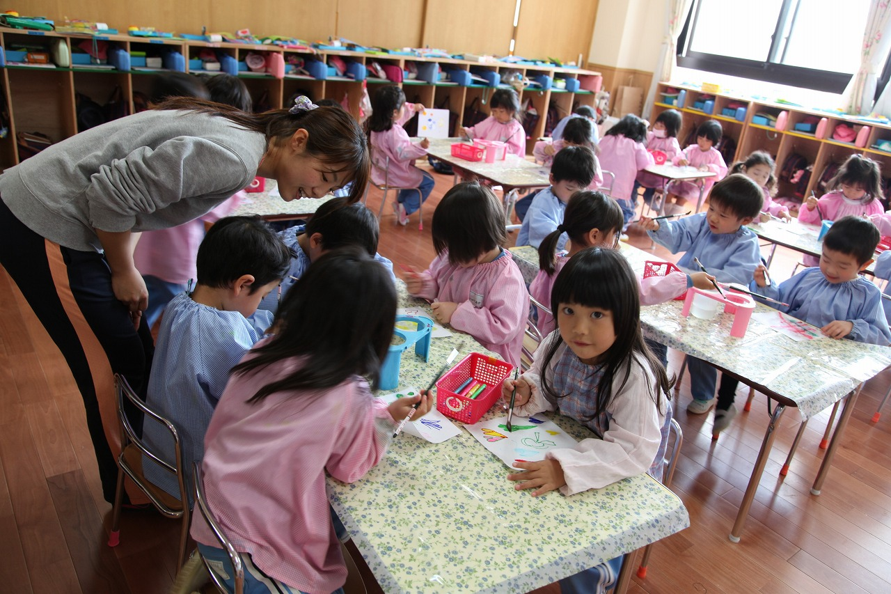 鳳幼稚園の英語の先生_b0277979_16522761.jpg