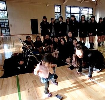 生徒chanの踊り納めで、パワーチャージ! (一加も激しくダンスw)_d0224894_2001929.jpg