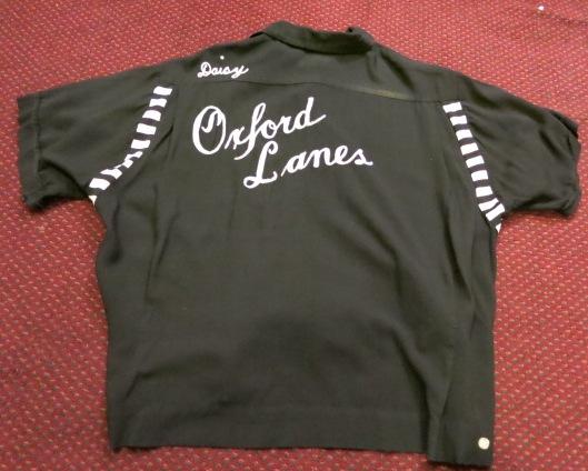 アメリカ仕入れ情報#58 50'S BLACK レーヨン ボーリングシャツ!_c0144020_1110066.jpg