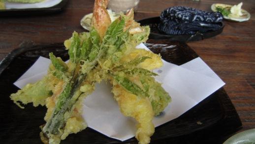 コシアブラ(山菜)_b0214473_225031.jpg