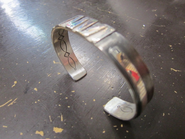 Michael Roanhorse  etc.. TOP ARTIST モノ SILVER BANGLE!★!_d0152280_14315126.jpg