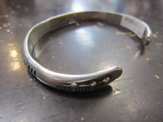 Michael Roanhorse  etc.. TOP ARTIST モノ SILVER BANGLE!★!_d0152280_14385414.jpg