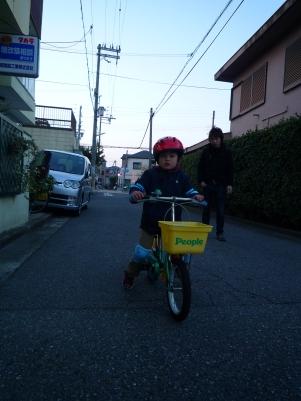 コマなし自転車の特訓 その1 ~(^0^)/_e0123286_1836576.jpg