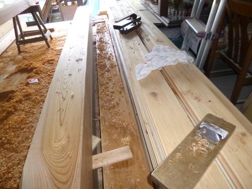 ケヤキの柱と一枚板_e0064493_18131318.jpg