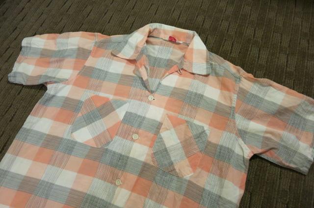 アメリカ仕入れ情報#61 50'S グレー&ピンク コットンシャツ!_c0144020_8401914.jpg