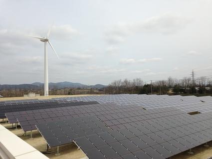 「 福島再生可能エネルギー研究所 」 開所式_f0259324_1824571.jpg