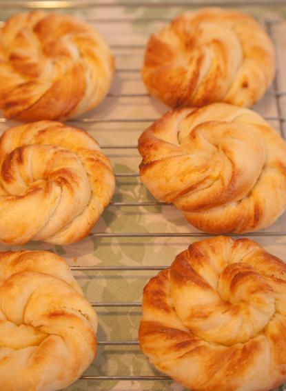パン教室:レモンヨーグルト折込パン&カンパーニュ&ヴィエノワ_a0175348_20441032.jpg