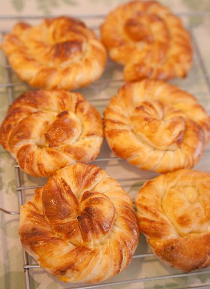 パン教室:レモンヨーグルト折込パン&カンパーニュ&ヴィエノワ_a0175348_20445982.jpg