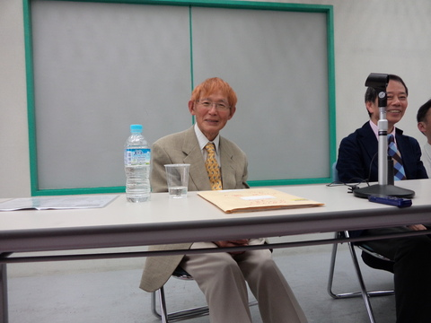 色川大吉さんの写真_b0050651_8361568.jpg