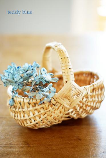 lovely easter baskets  ラブリー エッグバスケット_e0253364_22304915.jpg