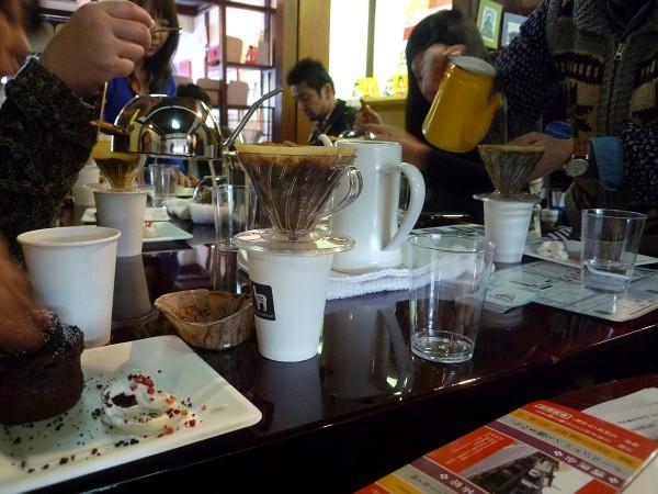 「ひみつカレー」と「アルパカコーヒー」の<スパイスとコーヒーで心もからだもぽっかぽか教室>_e0152073_2255528.jpg