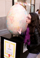 NYの街中で卵型アートのエッグハント、The Fabergé Big Egg Hunt_b0007805_14132880.jpg