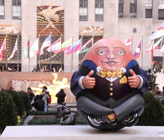 NYの街中で卵型アートのエッグハント、The Fabergé Big Egg Hunt_b0007805_14155334.jpg