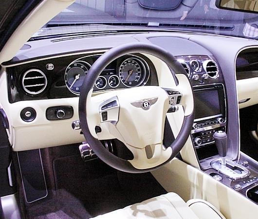 NY国際オートショーから超高級車をチラホラと・・・_b0007805_8473464.jpg
