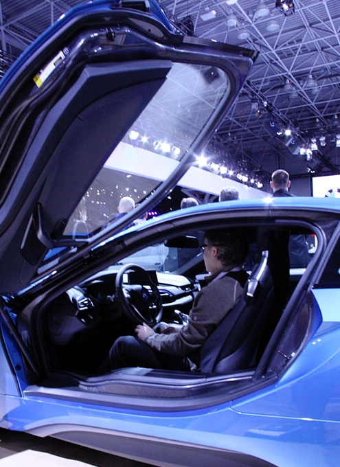 NY国際オートショーから超高級車をチラホラと・・・_b0007805_8512184.jpg