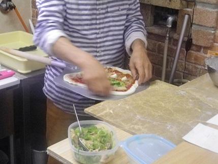 ナポリの窯職人でマルゲリータ_a0139242_551315.jpg