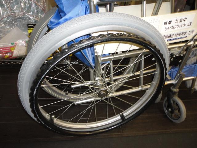 車いすの修理もやりますよ_b0189682_1213687.jpg