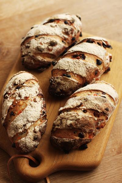 先日のアイシングクッキー教室と焼きカレーパンとか胡桃入りパンとか_f0149855_6134624.jpg