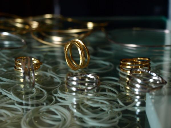 DAN TOMIMATSU『RUBBER BAND』のリングが入荷しました_e0122680_2222547.jpg
