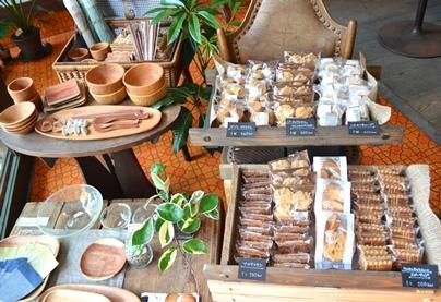 焼き菓子と木の器_d0263815_16254576.jpg