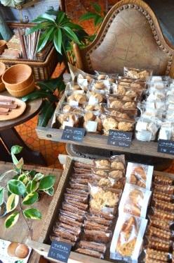 焼き菓子と木の器_d0263815_16421277.jpg
