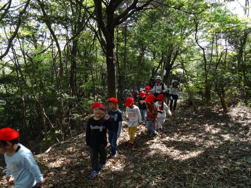 多奈川小学校1・2年生遠足サポート   in  うみべの森_c0108460_16391968.jpg