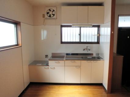やっぱりキッチンパネルがいいね             西青木MKコーポ205号室_a0229594_19001291.jpg