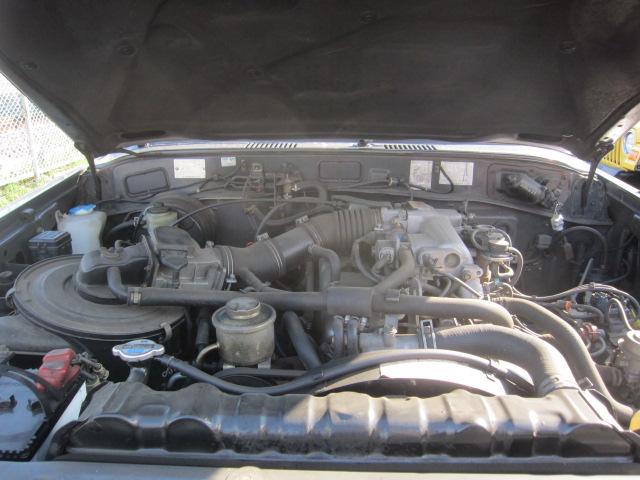 珍しい車が 入荷  ランドクルーザー 60 ガソリン オートマ インジェクション車_b0123820_161599.jpg