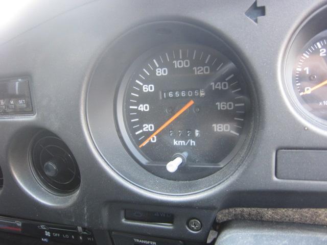 珍しい車が 入荷  ランドクルーザー 60 ガソリン オートマ インジェクション車_b0123820_1630749.jpg