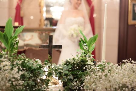 スズランとカスミソウの祭壇装花 シェ松尾青山サロン様へ_a0042928_617747.jpg