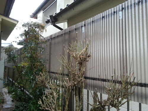T様邸(佐伯区)外壁塗装および波板張替工事_d0125228_11203372.jpg