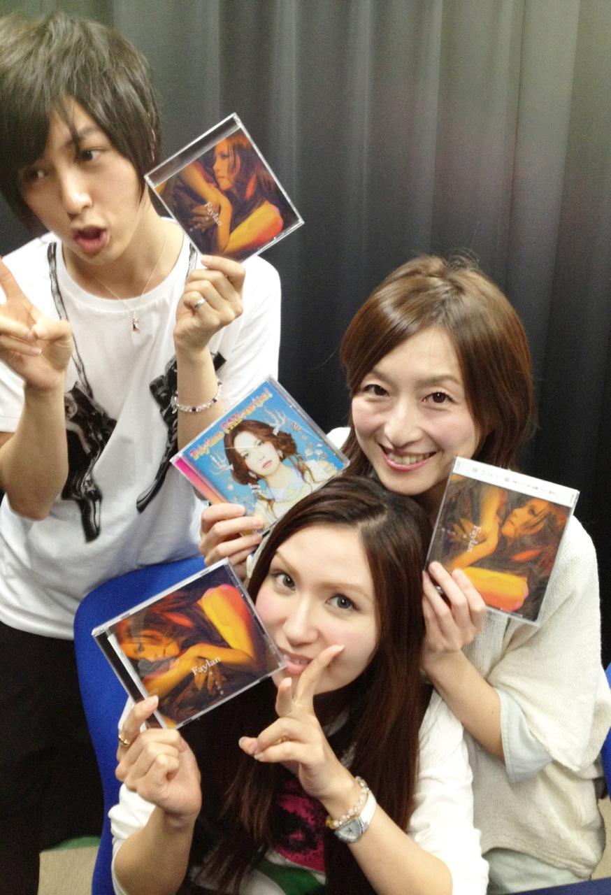 佐藤ひろ美のひろらじはゲスト飛蘭です。そして今日はPRETTY×CATION発売記念イベントに出演してきました。_e0049681_19545138.jpg